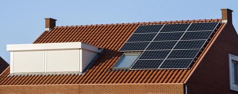 Zonnepanelen op dak en dakkapel